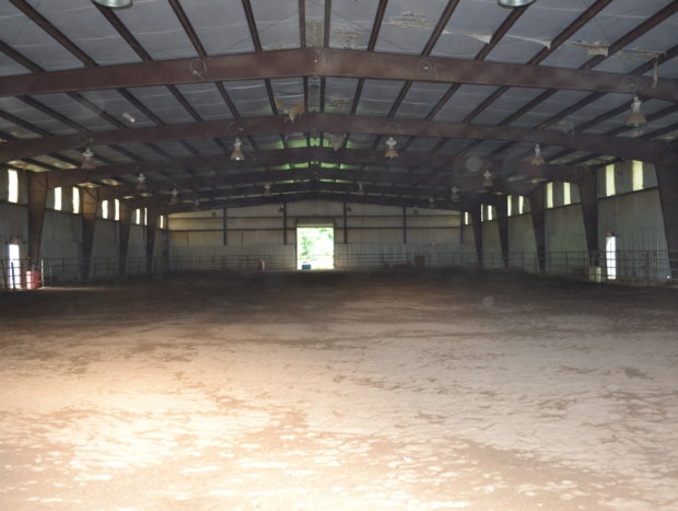 Large Indoor Riding Arena: Sand-filled 100 ft x 200 ft